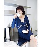 Indulgence & Consumption, Coffee Time