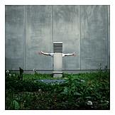 Hiding, Urban, Robot, Anonymous