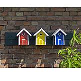 Bird house, Nesting box