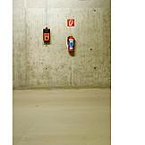 Concrete, Sos, Fire extinguisher