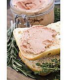 Liverwurst, Liverwurst bread