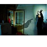 Burglar, Threaten, Catch