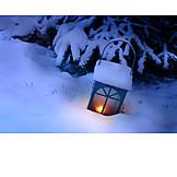 Winter, Lantern