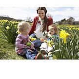 Family, Family life, Easter egg hunt
