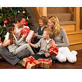 Christmas, Family, Christmas eve, Family life