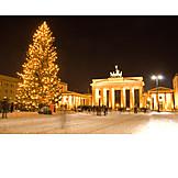 Brandenburg gate, Christmas tree