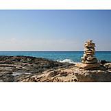 Coast, Stone stack, Stone pile