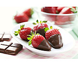 Strawberry, Chocolate frosting, Chocolate fondue