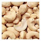 Cashew, Cashew cores