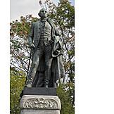 Statue, George washington