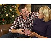 Couple, Christmas, Bestow