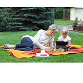 Mother, Garden, Leisure & Entertainment, Daughter