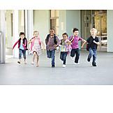 Kind, 3-8 Jahre, Schüler, Schulklasse