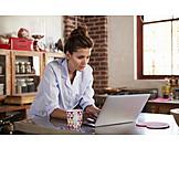 Woman, Wlan, Eat-in Kitchen, Freelancer, Homeoffice