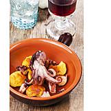 Squid, Tapas, Mediterranean cuisine