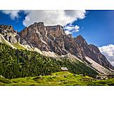 South tyrol, Dolomites, Hut