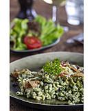 Spaetzle, Spinach noodles, Cheese spätzle