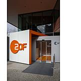 Headquarters, Zdf